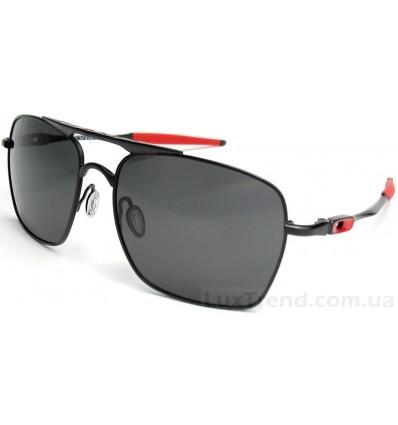 Солнцезащитные очки Oakley Deviation 4061 черные
