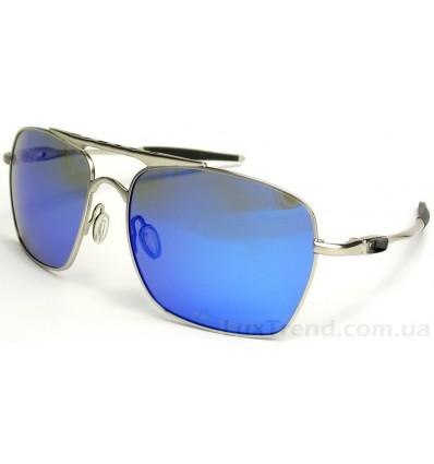 Солнцезащитные очки OAKLEY Deviation 4061 голубые