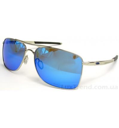 Солнцезащитные очки Oakley 4124 Gauge 8 голубые