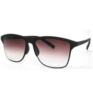 Солнцезащитные очки 7134 черные градиент